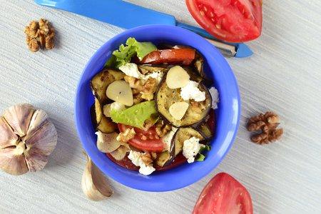 Теплый салат с медовой заправкой (Контрольная закупка)
