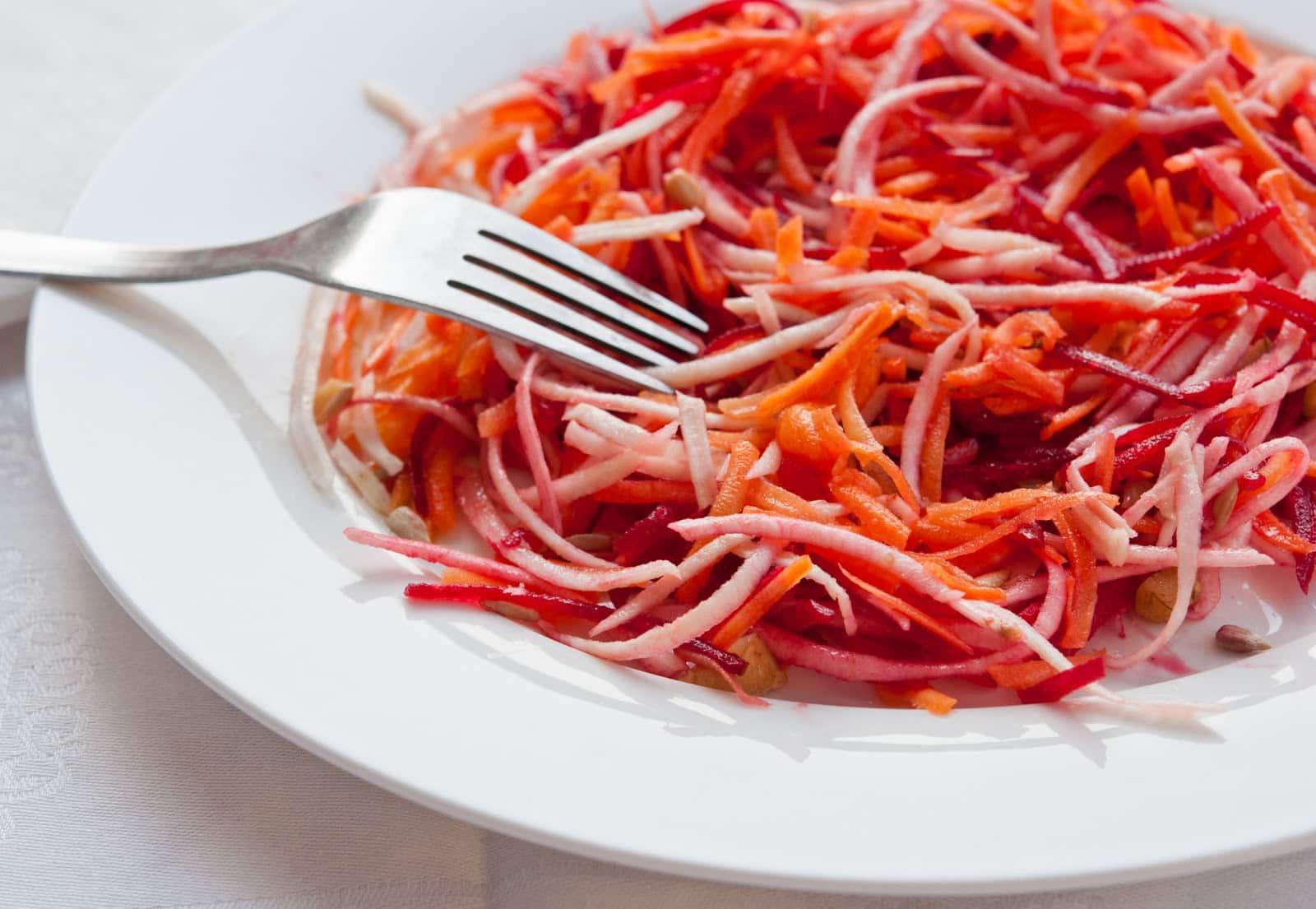 Салат Морковь И Свекла Тертая Для Похудения. Здоровая пища для привлекательной фигуры – диетический салат из свеклы: в чем польза, как лучше готовить, популярные рецепты