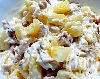 Куриный салат с ананасами (быстрый рецепт)