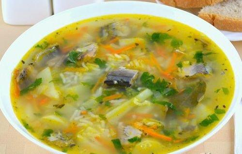 Вкусный суп из консервов Сайры